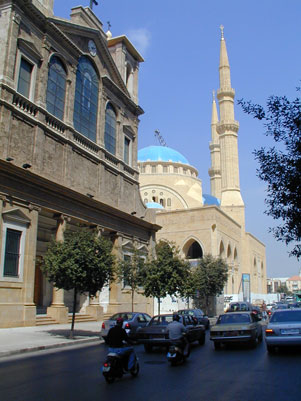 La catedral maronita de Beirut (catòlica) i la mezquita sunnita construida pel presidentHariri